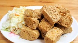 xiangchun-vegetarian-stinky-tofu-sinying-tainan-21-816x459